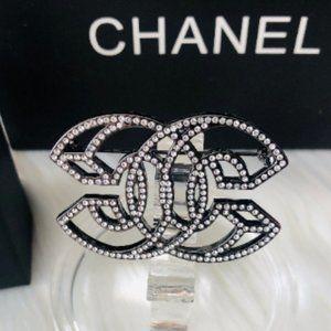 Auth Chanel 3D CC interlocking logo crystal brooch